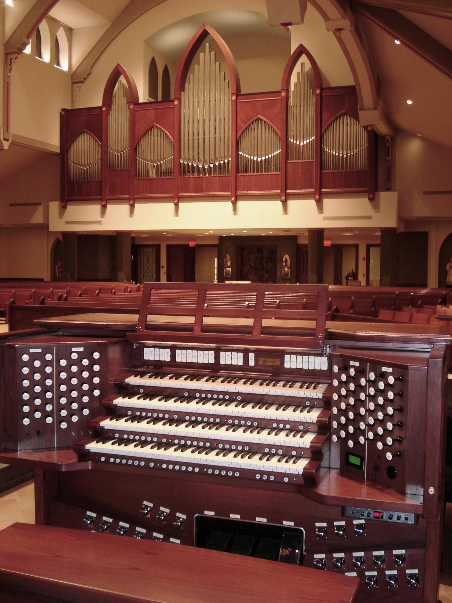 Triune Music » World Premiere in Wheaton, IL